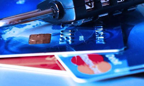 クレジットカードを落としてしまった!その対処法は!?